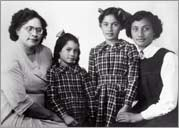 Georgina's grandmother with daughters
