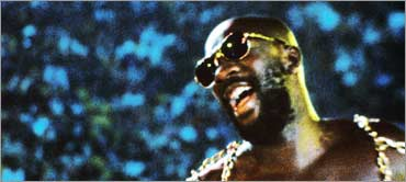 Isaac Hayes in concert