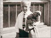 Bob Stern as a young boy.