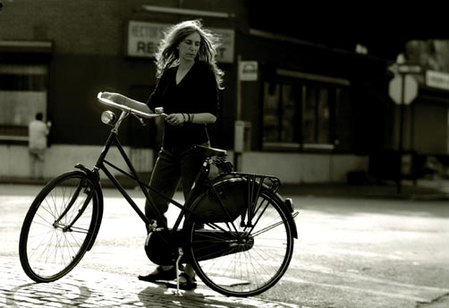 Patti Smith: Patti and her bicycle, in black and white