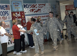 Greeting American Soldiers at DFW Airport, Dallas, TX