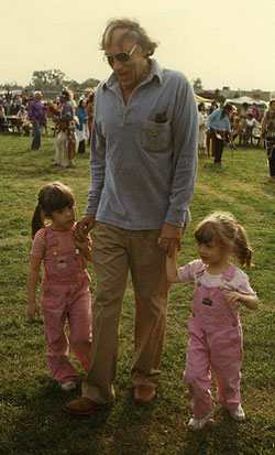 Sarah Kunstler, William Kunstler, Emily Kunstler. Native American powwow, 1980; Credit: Maddy Miller