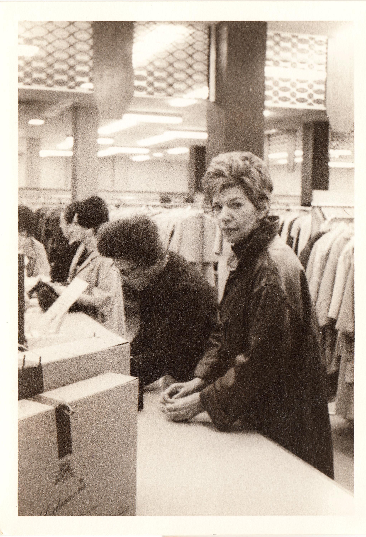 13 Vintage Photos of the Rare Bird of Fashion   Iris   POV   PBS
