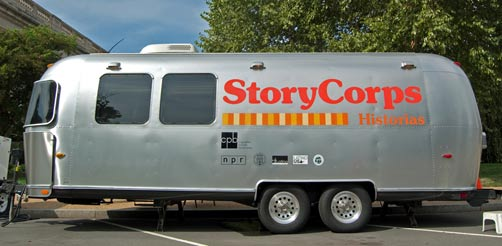 StoryCorps - Airstream Historias Bus
